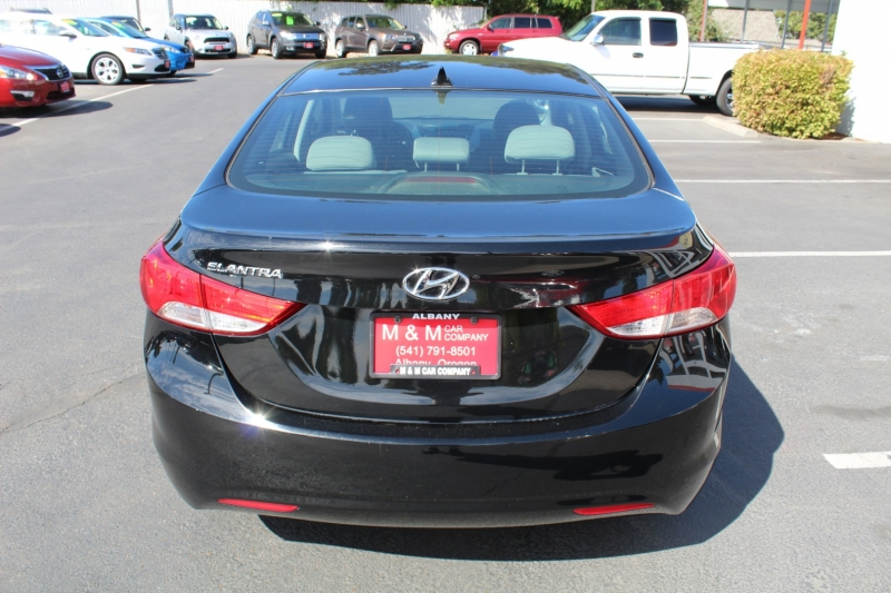 Hyundai Elantra 2013 price $8,699