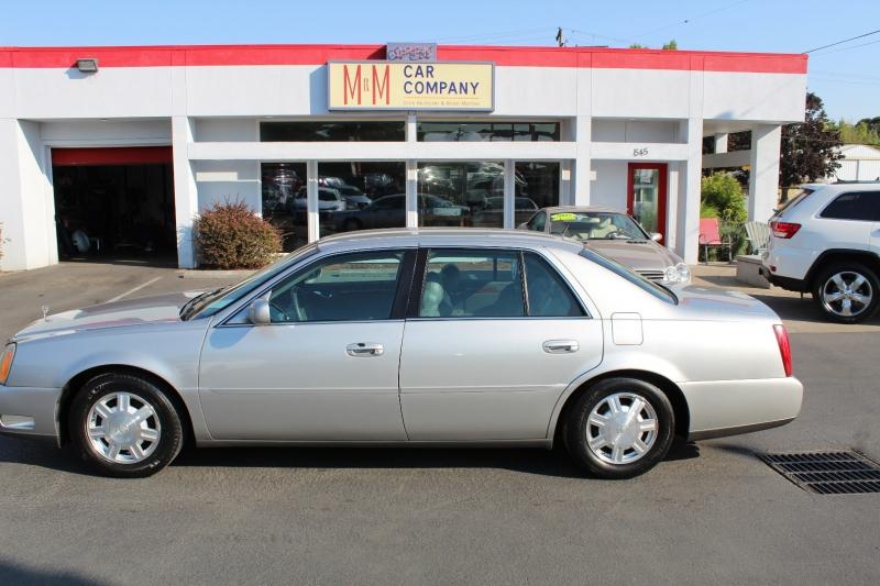 Cadillac DeVille 2005 price $4,999