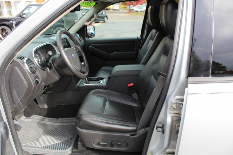 Ford Explorer 2009 price $7,599