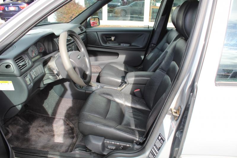 Volvo S70 1998 price $3,999