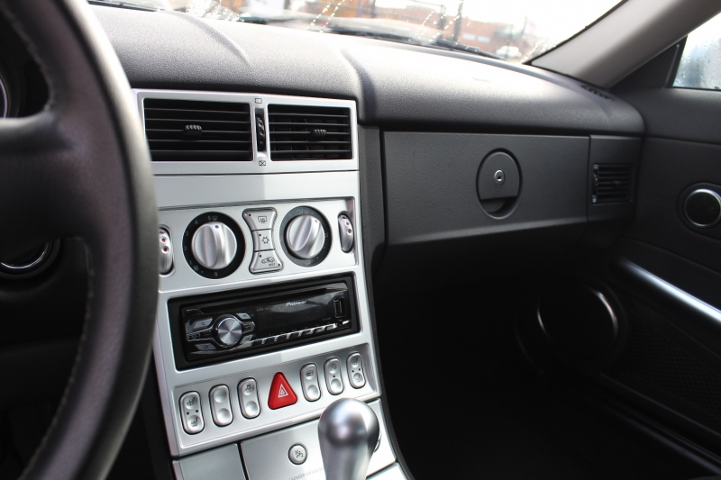 Chrysler Crossfire 2005 price $10,999