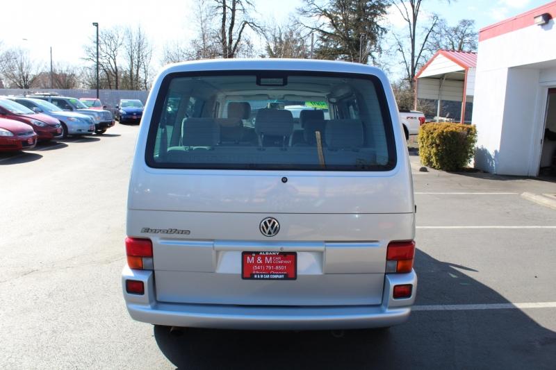 Volkswagen EuroVan 2001 price $8,999