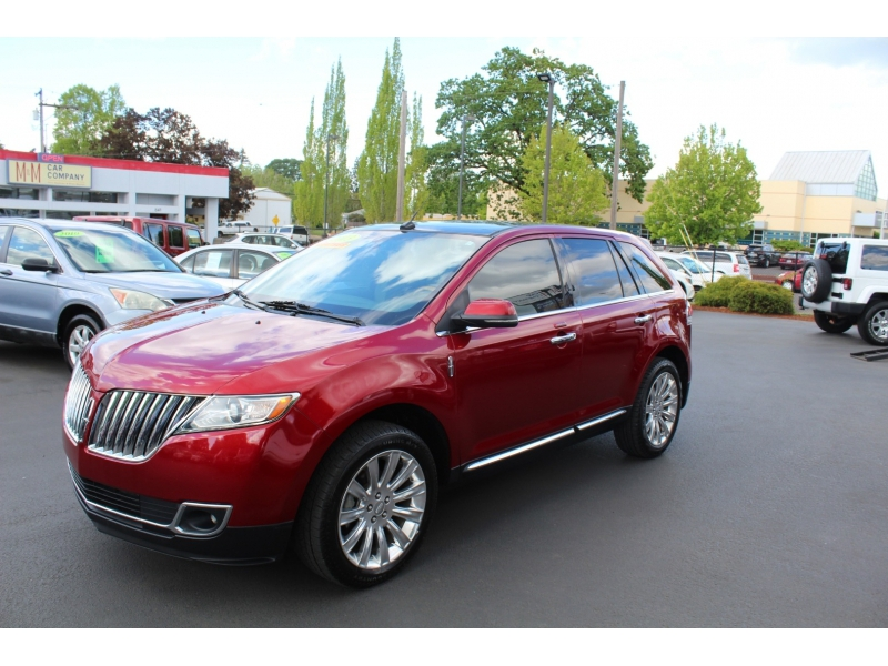Lincoln MKX 2013 price $17,999