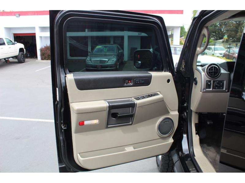Hummer H2 2003 price $18,999