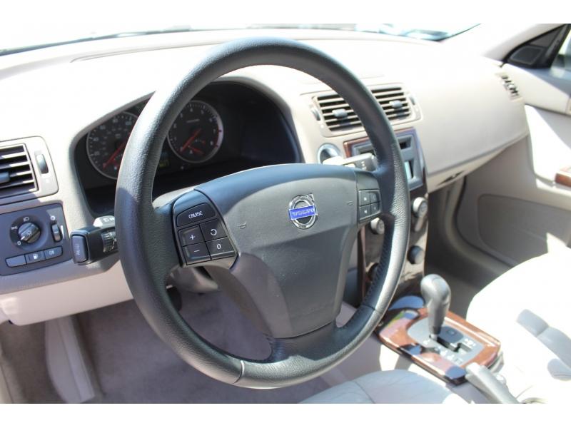 Volvo S40 2007 price $8,499