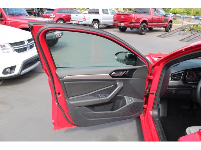 Volkswagen Jetta 2020 price $25,999