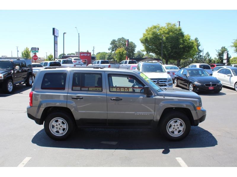Jeep Patriot 2011 price $9,999