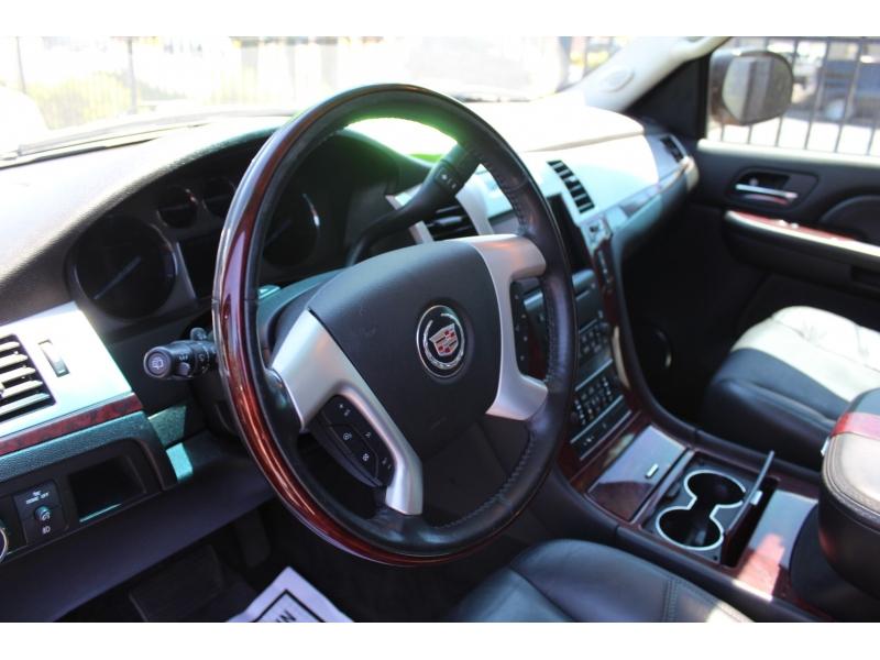 Cadillac Escalade ESV 2008 price $12,999