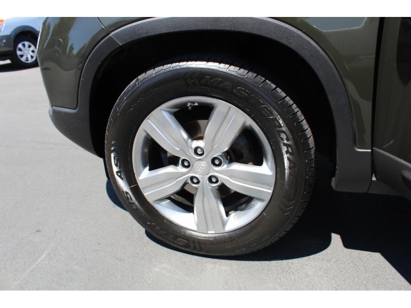 Kia Sorento 2012 price $13,999