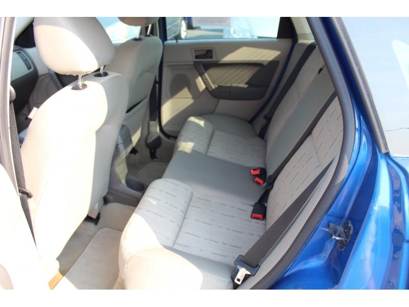 Ford Focus 2011 price $5,999