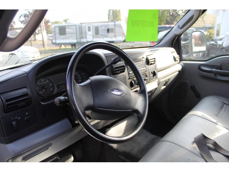 Ford Super Duty F-350 DRW 2006 price $8,999
