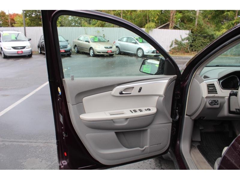 Chevrolet Traverse 2009 price $9,499