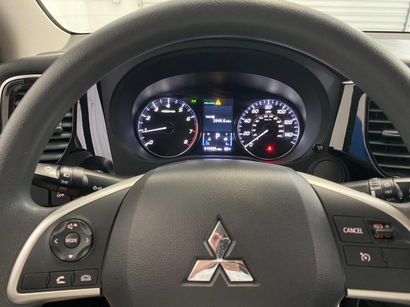 Mitsubishi Outlander 2018 price $16,995