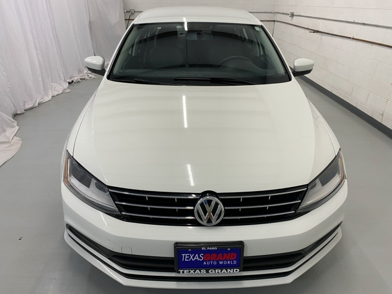 Volkswagen Jetta 2018 price $11,995