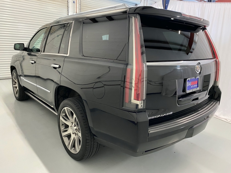 Cadillac Escalade 2015 price $34,995