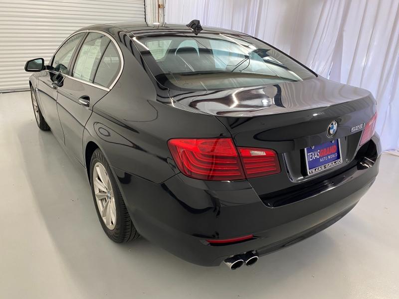BMW 5-Series 2014 price $18,995