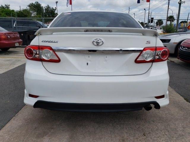Toyota Corolla 2011 price $9,613