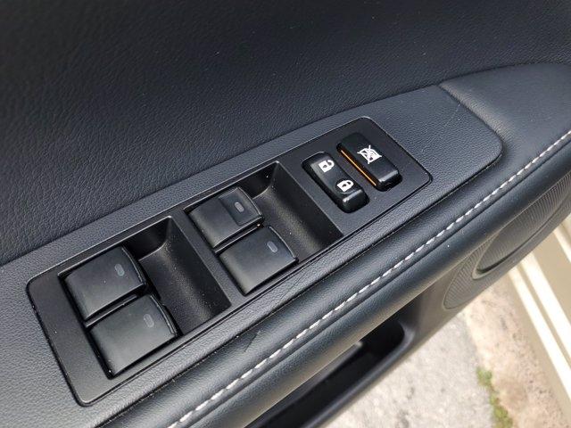 Lexus ES 2013 price $13,995