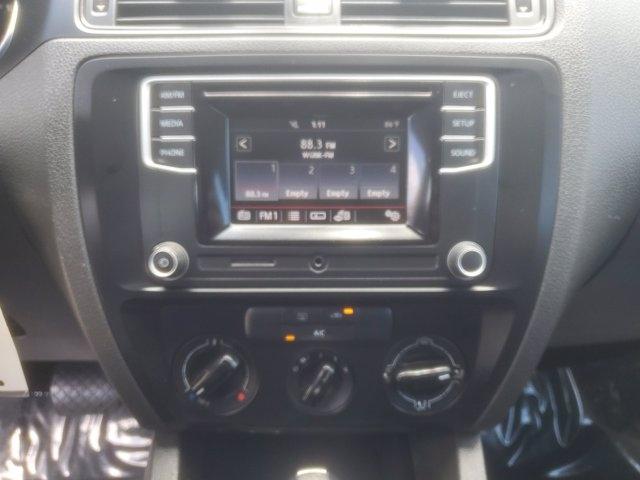 Volkswagen Jetta Sedan 2016 price