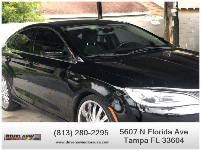 Chrysler 200 2016 price $11,995
