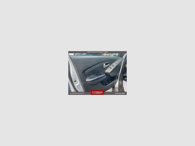 Hyundai Tucson 2013 price $13,495
