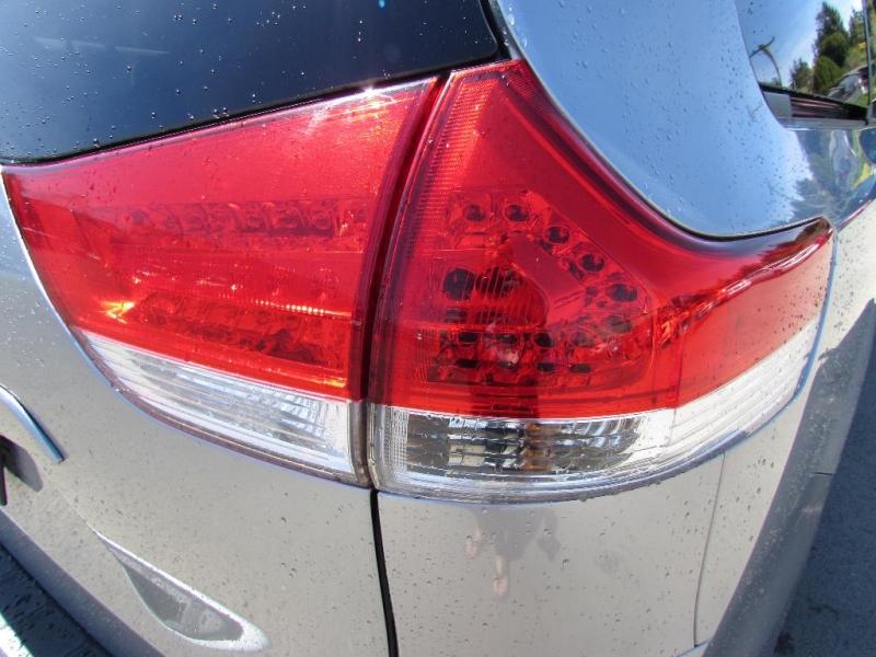 Toyota Sienna 2011 price $15,999
