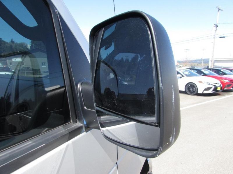 Ford Econoline Wagon 2006 price $8,999