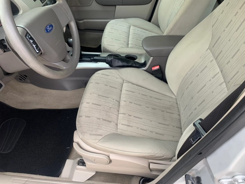 Ford Focus 2011 price $4,495