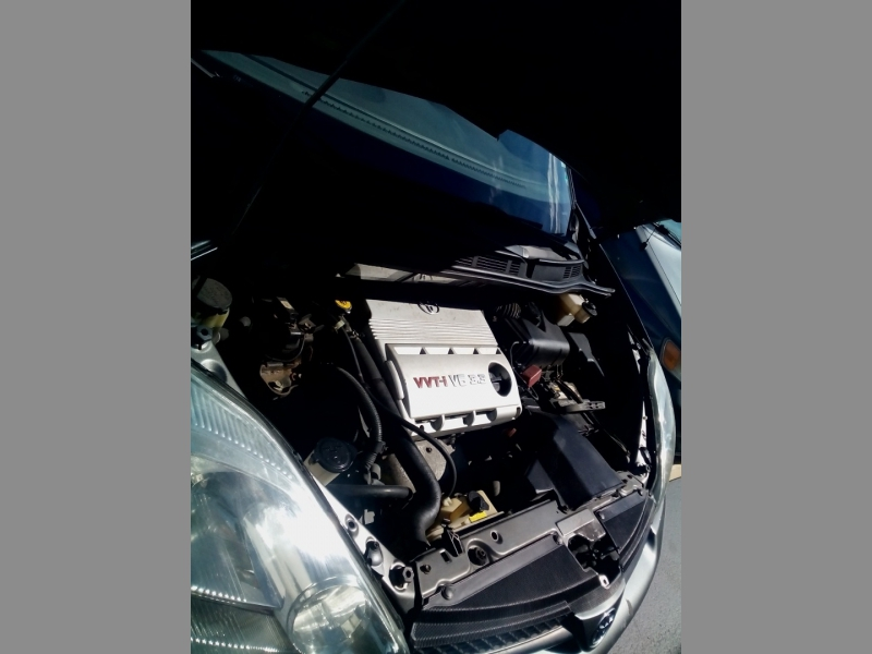 Toyota Sienna 2004 price $3,490