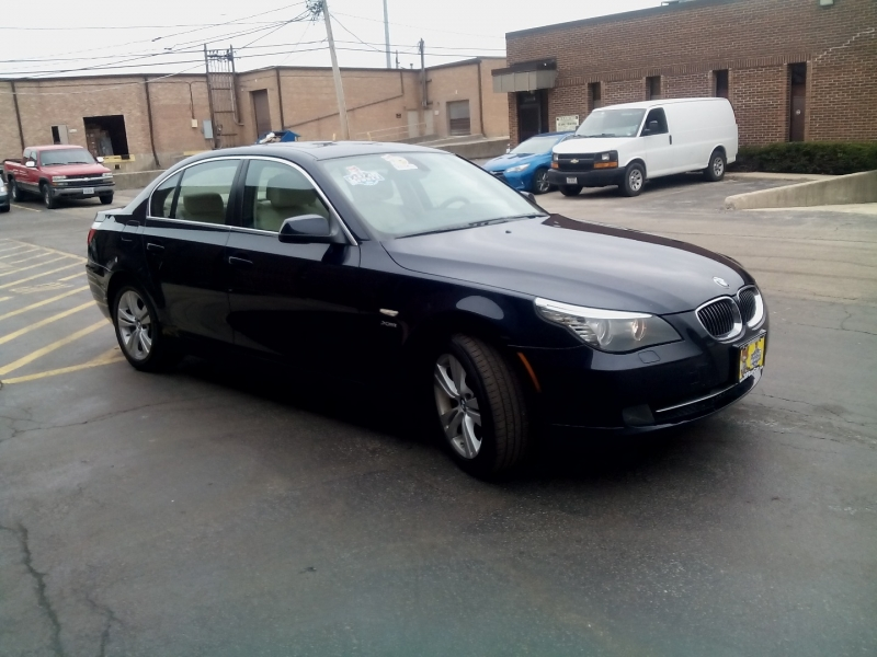 BMW 5-Series 2010 price $7,290