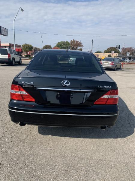 Lexus LS 430 2004 price $0