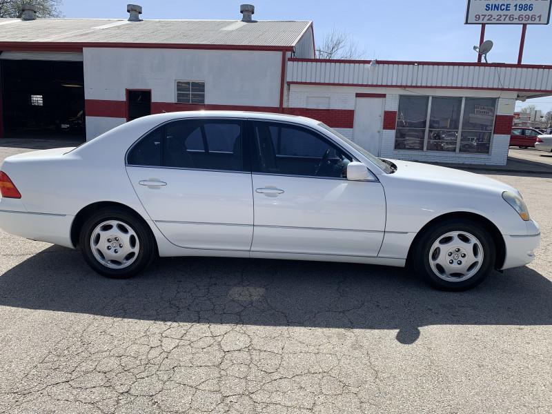 Lexus LS 430 2001 price $0