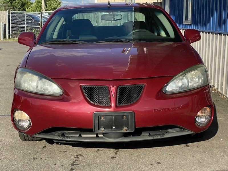 Pontiac Grand Prix 2005 price $3,999