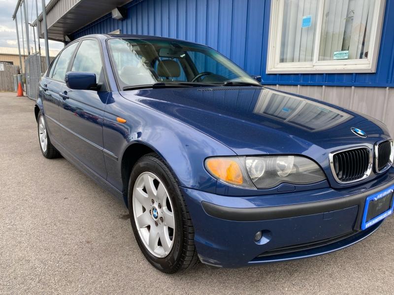 BMW 3-Series 2004 price $4,789
