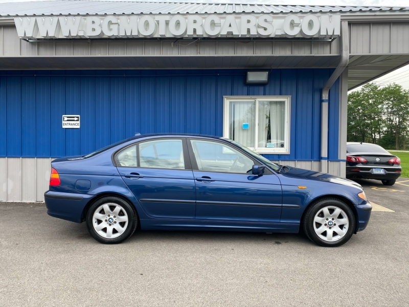 BMW 3-Series 2004 price $4,981