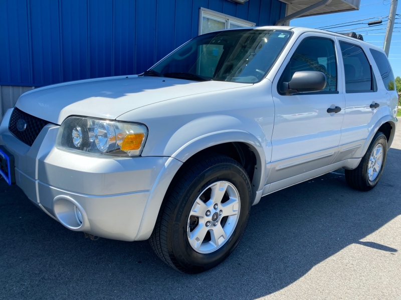 Ford Escape 2007 price $4,995