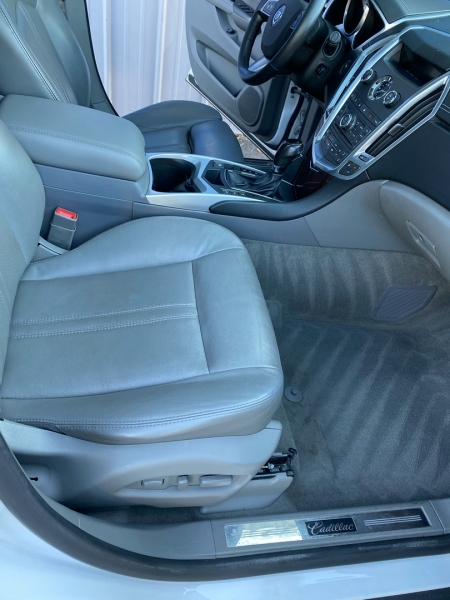Cadillac SRX 2012 price $12,998