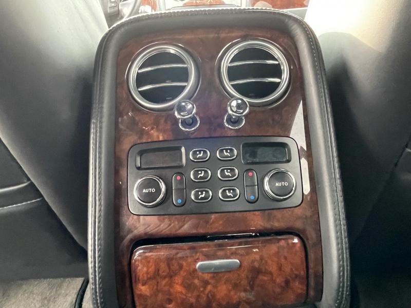 Bentley Flying Spur 2007 price $37,800