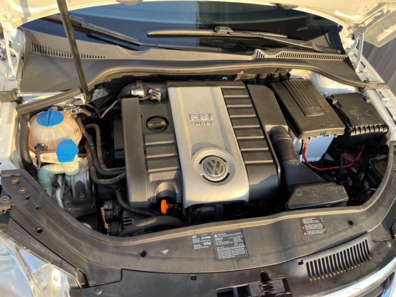Volkswagen Eos 2008 price $4,298