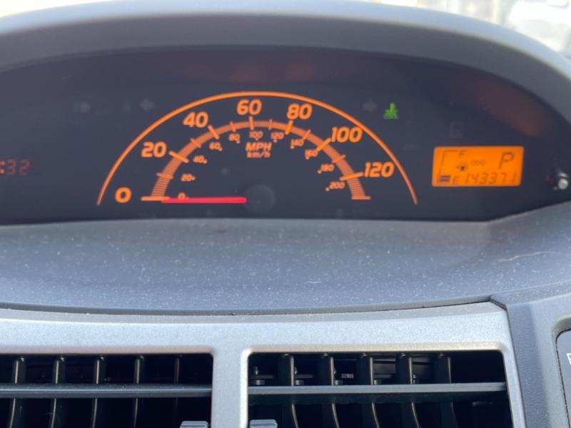 Toyota Yaris 2011 price $4,748