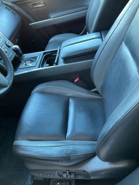Mazda CX-9 2012 price $9,798