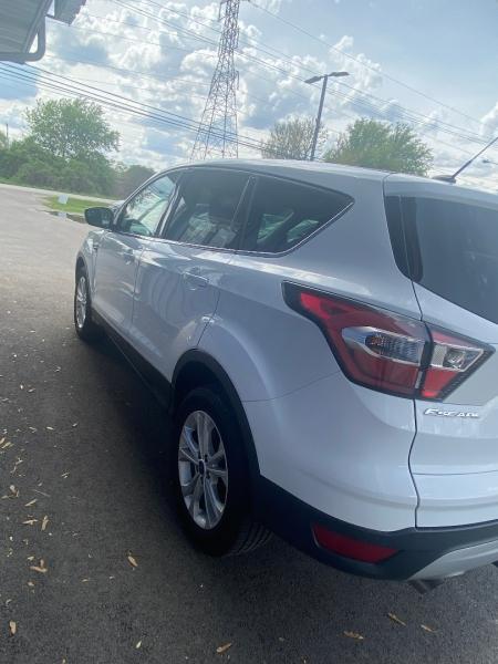 Ford Escape 2017 price $12,998
