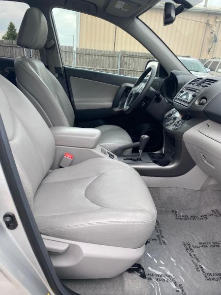 Toyota RAV4 2012 price $11,498