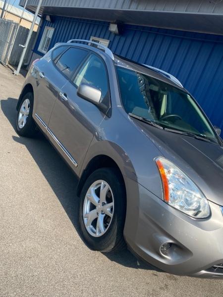 Nissan Rogue 2011 price $8,498