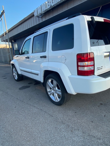 Jeep Liberty 2012 price $10,998