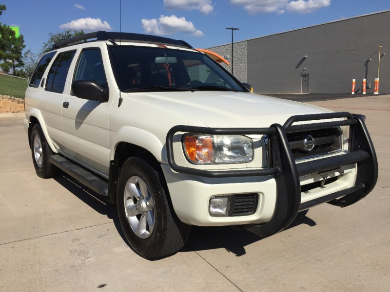 Nissan Pathfinder 2003 price $3,099 Cash