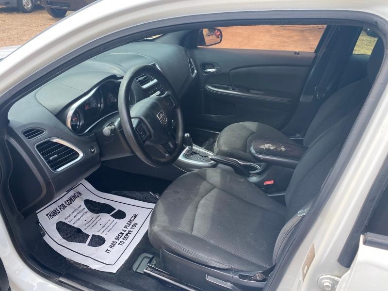 Dodge Avenger 2013 price $4,200 Cash
