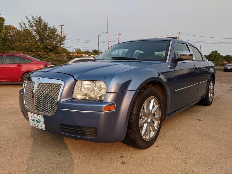 Chrysler 300 2007 price $4,999