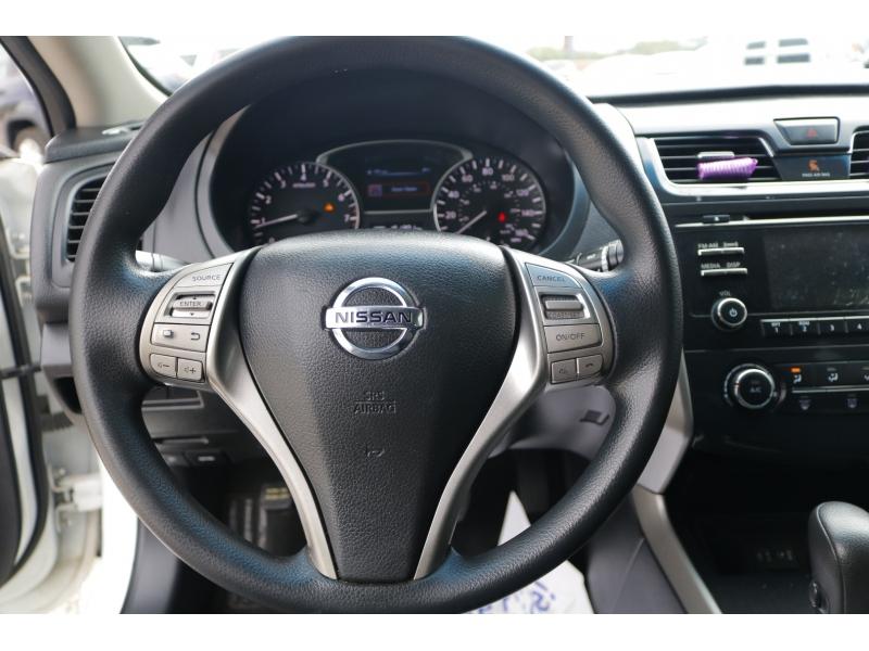 Nissan Altima 2014 price $1,000 Down