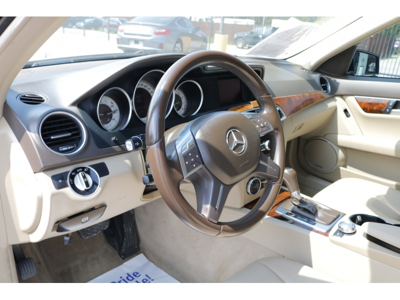 Mercedes-Benz C-Class 2013 price $3,000 Down